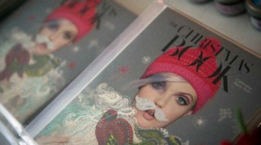 Kerstcatalogi bewijzen dat print een luxe product wordt