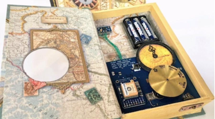 Via Libris: Een smartbook met een Arduino Pro Mini computer neemt de lezer mee naar de schatkamers van onze wereld