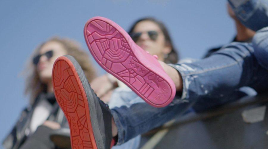 Schoenen van kauwgom