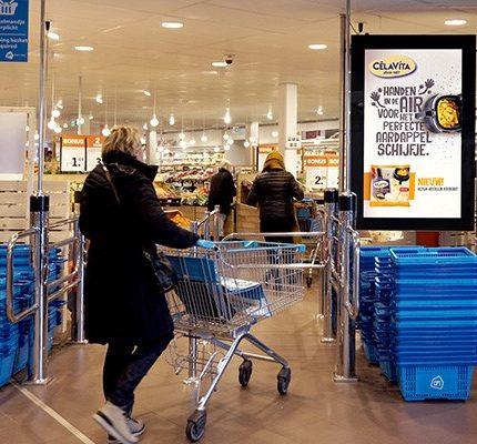 Exterion Media Supermarkt Netwerk Centercom62544 430x400 1