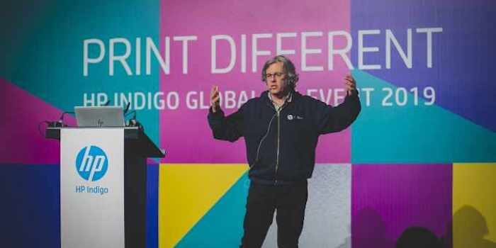 Hp Indigo General Manager Alon Bar Shany Opens Print Different Global Customer Event Web